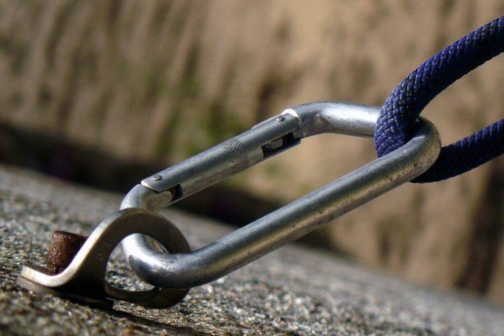 Luottamus koostuu kompetenssista, moraalista ja niiden yhteispelistä